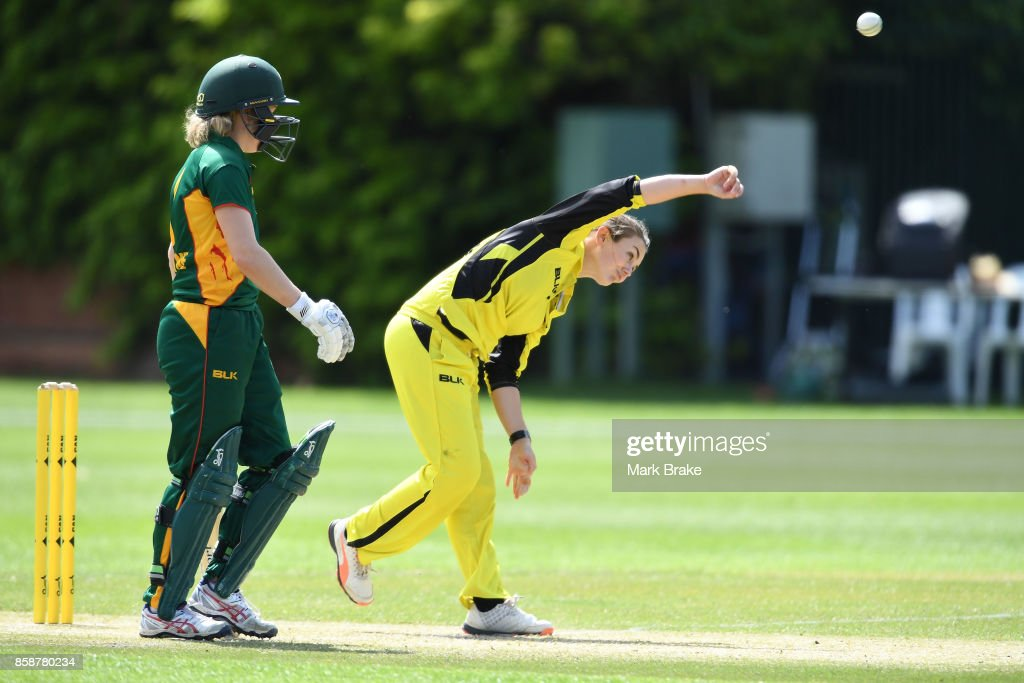 Heather Graham bowls during the WNCL match between Tasmania and Western Australia at Adelaide Oval No.2 on October 7, 2017 in Adelaide, Australia.