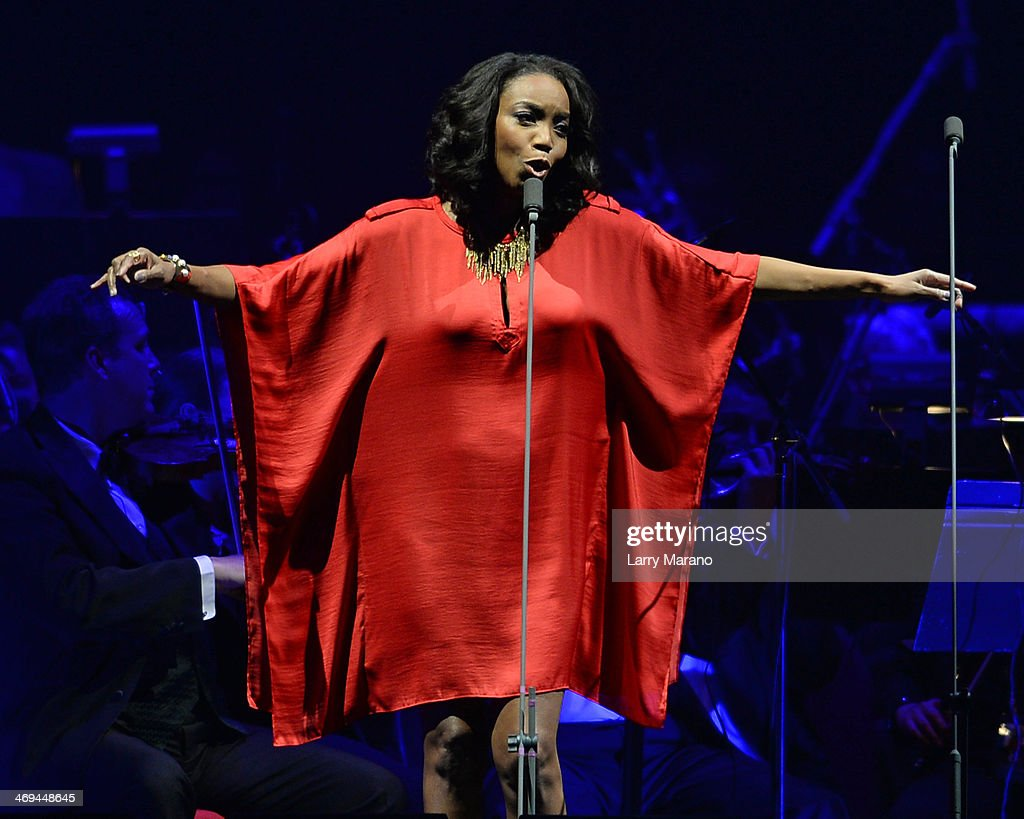 Heather Headley performs during Bocelli's Valentines Day concert at BB&T Center on February 14, 2014 in Sunrise, Florida.