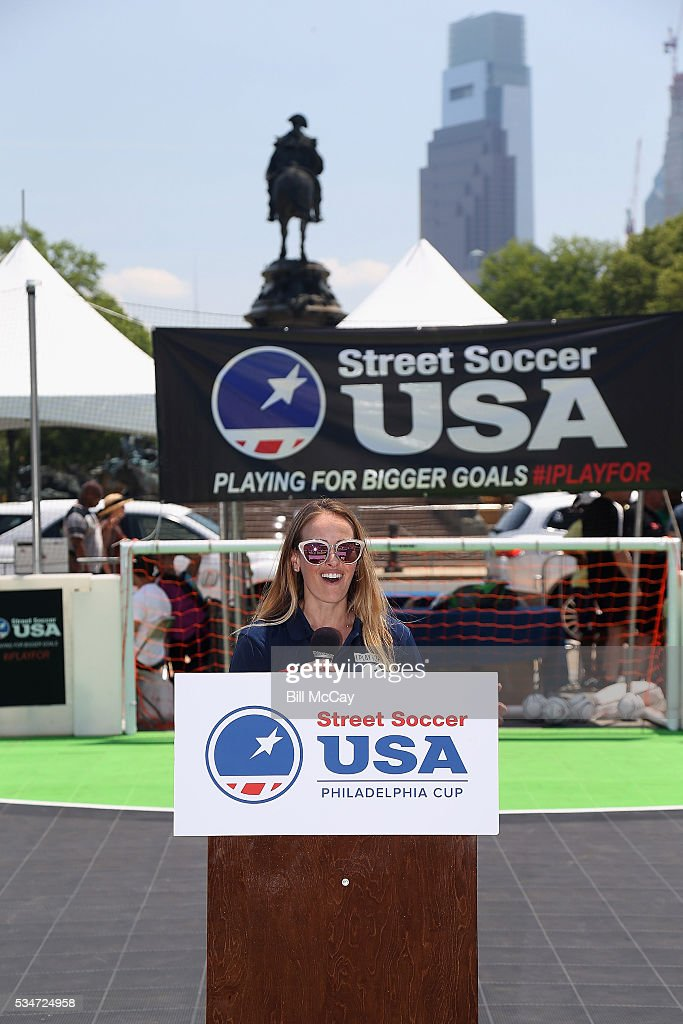 <a gi-track='captionPersonalityLinkClicked' href=/galleries/search?phrase=Heather+Mitts&family=editorial&specificpeople=736781 ng-click='$event.stopPropagation()'>Heather Mitts</a> attends the Inaugural Street Soccer USA Philadelphia Cup at the Philadelphia Art Museum May 27, 2016 in Philadelphia, Pennsylvania.
