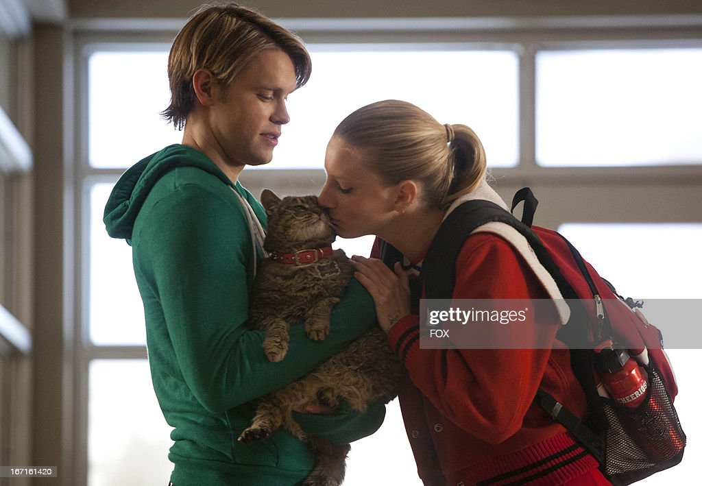Heather Morris as 'Brittany' (R) and Chord Overstreet as 'Sam' in the 'Shooting Star' episode of GLEE airing Thursday, April 11, 2013 (9:00-10:00 PM ET/PT) on FOX.