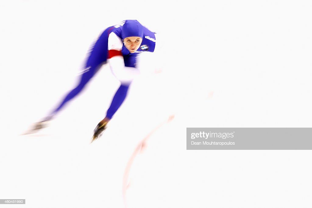 <a gi-track='captionPersonalityLinkClicked' href=/galleries/search?phrase=Heather+Richardson&family=editorial&specificpeople=5762781 ng-click='$event.stopPropagation()'>Heather Richardson</a> of the USA competes in the Division A 1500m Ladies race on day three of the ISU World Cup Speed Skating held at Thialf Ice Arena on December 14, 2014 in Heerenveen, Netherlands.