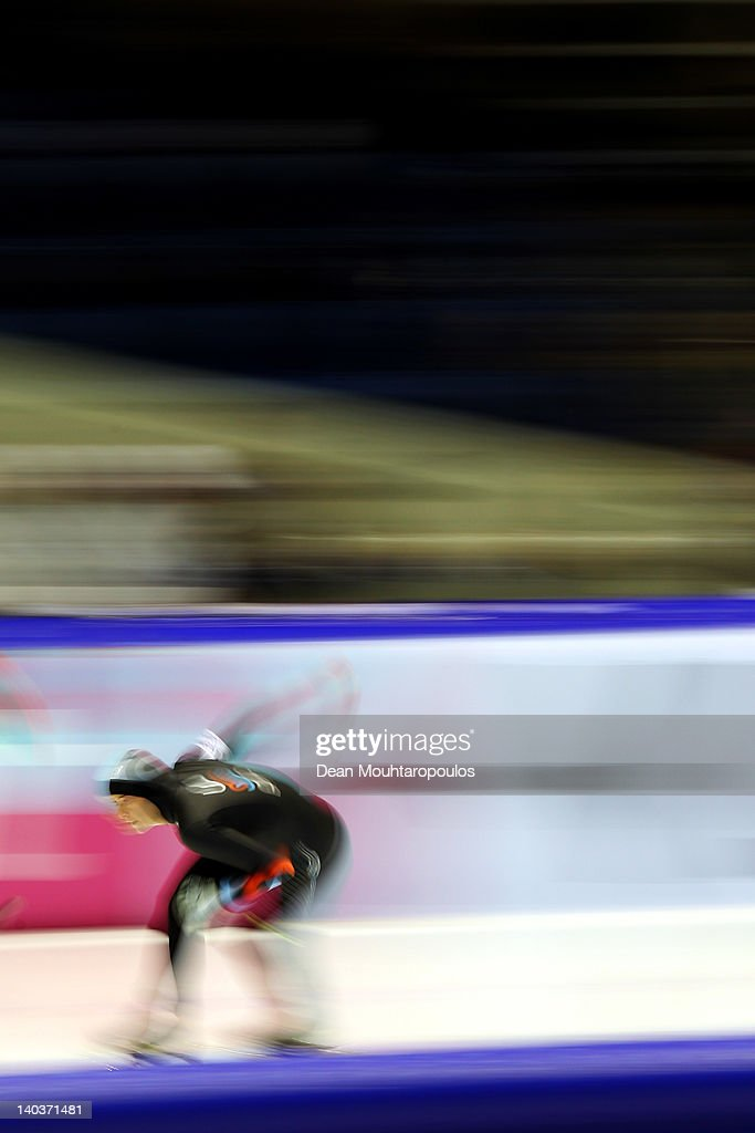 <a gi-track='captionPersonalityLinkClicked' href=/galleries/search?phrase=Heather+Richardson&family=editorial&specificpeople=5762781 ng-click='$event.stopPropagation()'>Heather Richardson</a> of USA competes in the Division A 1st 500m Ladies on Day One of the Essent ISU World Cup Speed Skating Championship at Thialf Arena on March 2, 2012 in Heerenveen, Netherlands.
