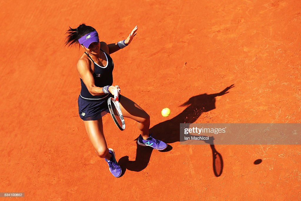 <a gi-track='captionPersonalityLinkClicked' href=/galleries/search?phrase=Heather+Watson&family=editorial&specificpeople=5418928 ng-click='$event.stopPropagation()'>Heather Watson</a> of Great Britain plays a shot during the Women's Singles Second round match against Svetlana Kuznetsova of Russia on day Four of the 2016 French Open at Roland Garros on May 25, 2016 in Paris, France .