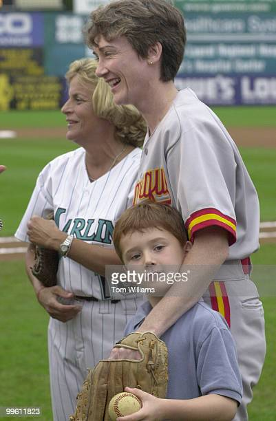 Heather Wilson and Ileana RosLehtinen hang out with with Wilson's six year old son Joshua Hone during warmup