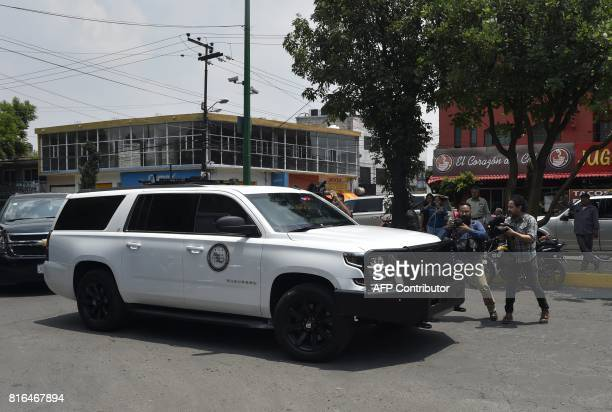 A heavily guarded convoy transports former governor of Veracruz Javier Duarte on July 17 2017 upon his arrival in Mexico City on July 17 2017 D...