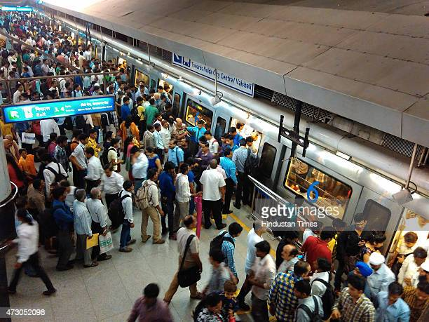 Heavy crowd of commuters at Rajiv Chowk as the metro service slowed down due to earthquake on May 12 2015 in New Delhi India A 73magnitude earthquake...
