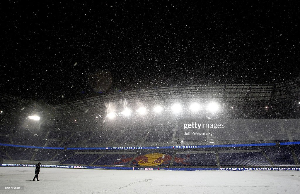 Heavy snow falls at Red Bull Arena prior to the Eastern Conference Semifinal match between DC United and the New York Red Bulls on November 7, 2012 in Harrison, New Jersey. The playoff game was rescheduled due to Superstorm Sandy and is now scheduled to take place in the midst of a Nor'Easter.