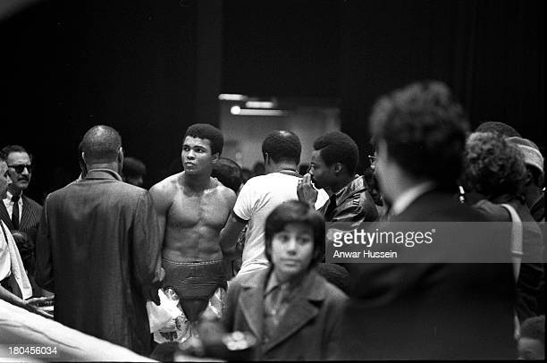 Heavyweight boxer Muhammad Ali trains for his fight against Oscar Bonavena on December 7 1970 in New York USA