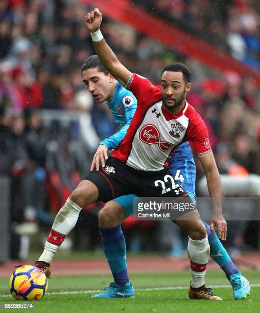 Hector Bellerin of Arsenal and Nathan Redmond of Southampton battle for the ball during the Premier League match between Southampton and Arsenal at...