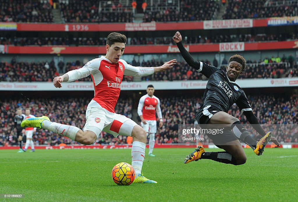 Hector Bellerin of Arsenal crosses under pressure from <a gi-track='captionPersonalityLinkClicked' href=/galleries/search?phrase=Demarai+Gray&family=editorial&specificpeople=10515774 ng-click='$event.stopPropagation()'>Demarai Gray</a> of Leicester during the Barclays Premier League match between Arsenal and Leicester City at Emirates Stadium on February 14th, 2016 in London, England