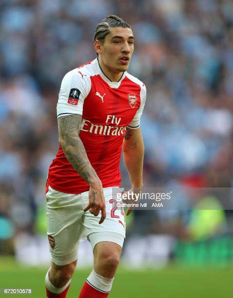 Hector Bellerin of Arsenal during the Emirates FA Cup semifinal match between Arsenal and Manchester City at Wembley Stadium on April 23 2017 in...