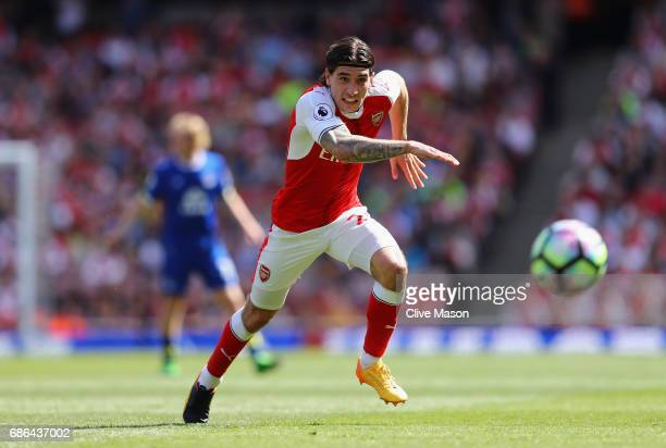 Hector Bellerin of Arsenal in action during the Premier League match between Arsenal and Everton at Emirates Stadium on May 21 2017 in London England