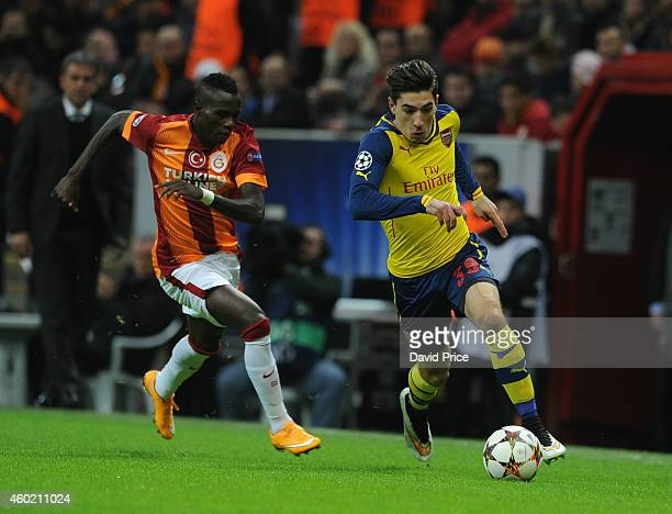 Hector Bellerin of Arsenal takes on Bruma of Galatasaray during the match between Galatasaray and Arsenal in the UEFA Champions League on December 9...
