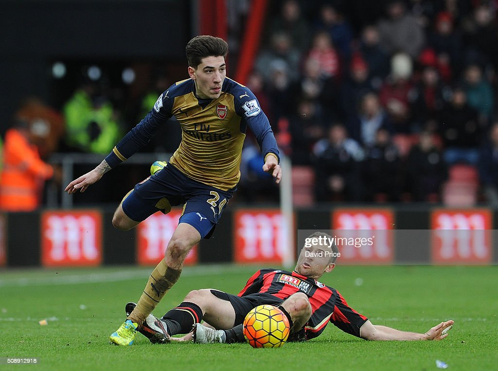 Hector Bellerin of Arsenal takes on <a gi-track='captionPersonalityLinkClicked' href=/galleries/search?phrase=Marc+Pugh&family=editorial&specificpeople=5831744 ng-click='$event.stopPropagation()'>Marc Pugh</a> of Bournemouth during the Barclays Premier League match between AFC Bournemouth and Arsenal at The Vitality Stadium, Bournemouth 7th February 2016.