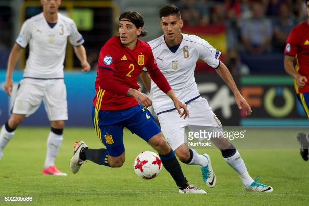 Hector Bellerin of Spain and Lorenzo Pellegrini of Italy during the UEFA European Under21 Championship SemiFinal match between Spain and Italy at...