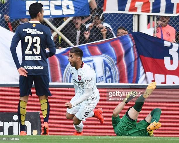 Hector Daniel Villalba of San Lorenzo celebrates after scoring the opening goal during a match between San Lorenzo and Rosario Central as part of...