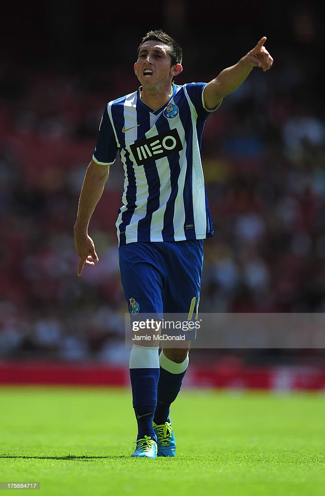 Hector Herrera of FC Porto in action during the Emirates Cup match between Napoli and FC Porto at the Emirates Stadium on August 4, 2013 in London, England.