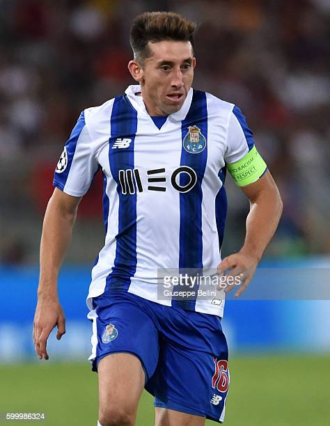 Hector Herrera of FC Porto in action during the UEFA Champions League qualifying playoffs match between FC Porto and AS Roma on August 23 2016 in...