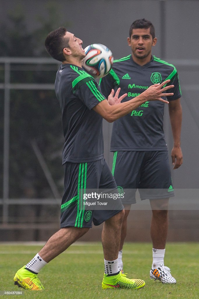 Mexico training 2014 fifa world cup brazil getty images - Hector santos ...