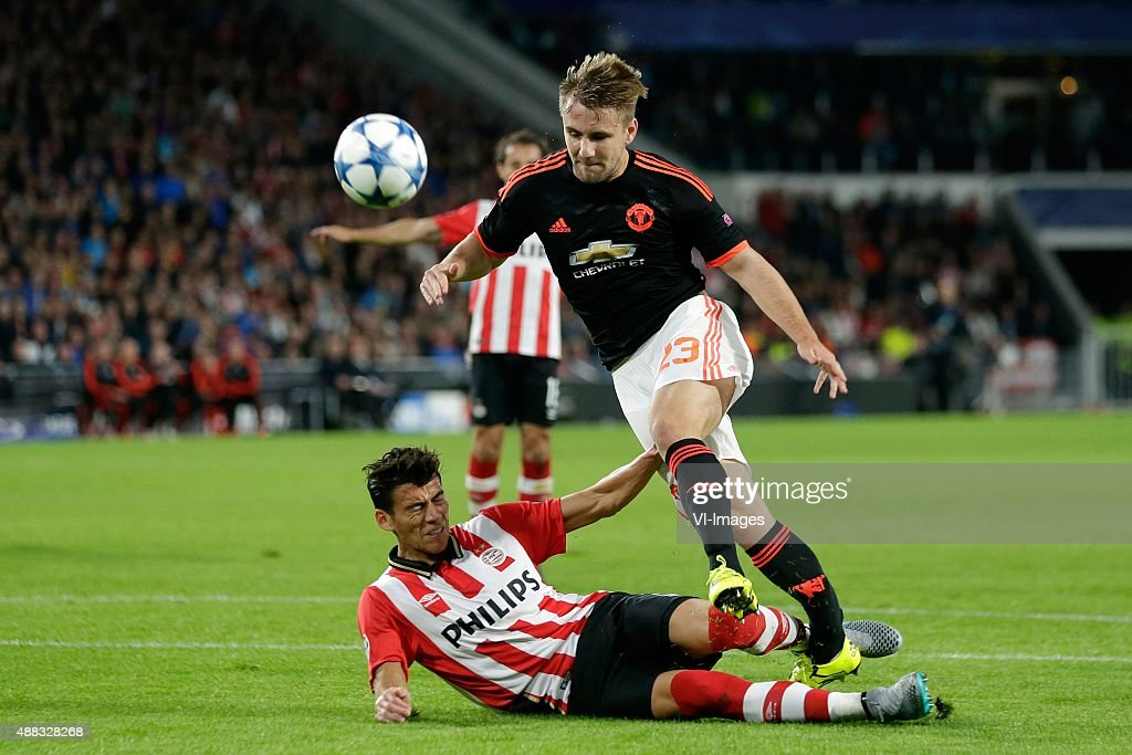 Hector Moreno of PSV Eindhoven, <a gi-track='captionPersonalityLinkClicked' href=/galleries/search?phrase=Luke+Shaw&family=editorial&specificpeople=7601993 ng-click='$event.stopPropagation()'>Luke Shaw</a> of Manchester United during the UEFA Champions League group B match between PSV Eindhoven and Manchester United on September 15, 2015 at the Philips stadium in Eindhoven, The Netherlands.