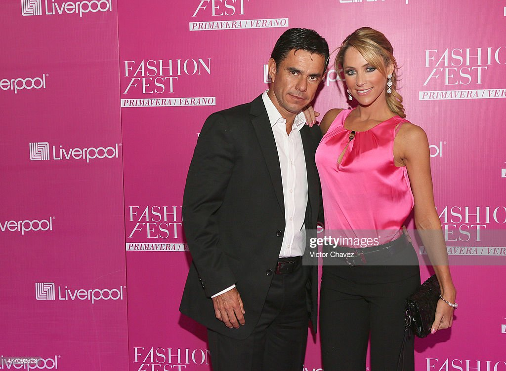 Hector Perez Rojano and <a gi-track='captionPersonalityLinkClicked' href=/galleries/search?phrase=Ines+Sainz&family=editorial&specificpeople=3767713 ng-click='$event.stopPropagation()'>Ines Sainz</a> attend the Liverpool Fashion Fest Spring/Summer 2014 at Hipodromo de las Americas on March 6, 2014 in Mexico City, Mexico.