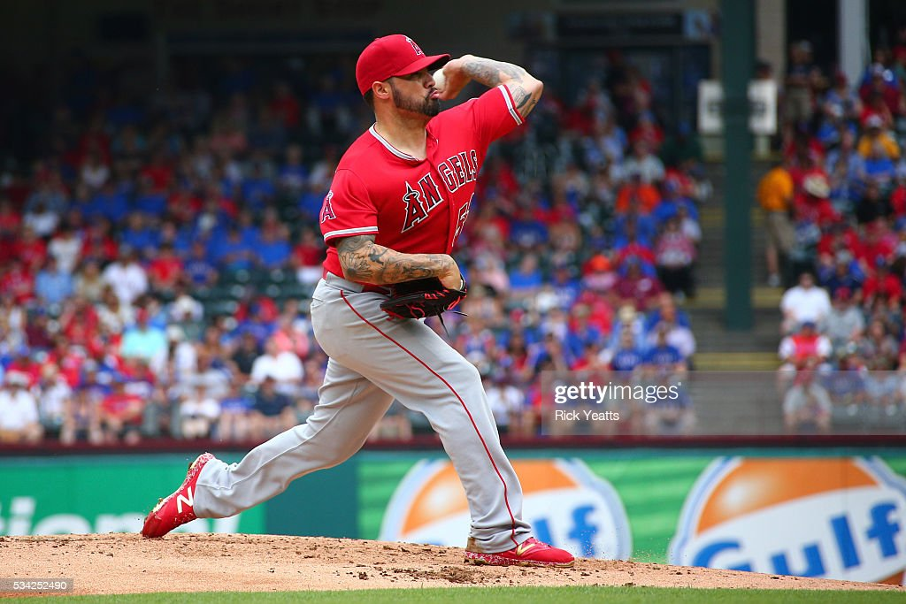 <a gi-track='captionPersonalityLinkClicked' href=/galleries/search?phrase=Hector+Santiago&family=editorial&specificpeople=3329626 ng-click='$event.stopPropagation()'>Hector Santiago</a> #53 of the Los Angeles Angels of Anaheim throws in the third inning against the Texas Rangers at Global Life Park in Arlington on May 25, 2016 in Arlington, Texas.