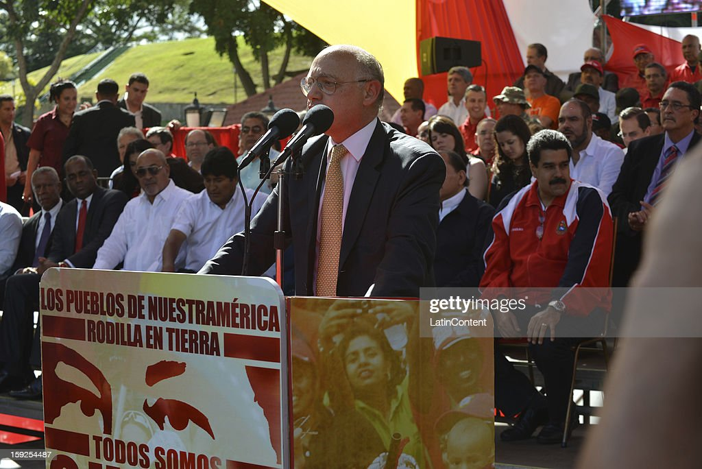 <a gi-track='captionPersonalityLinkClicked' href=/galleries/search?phrase=Hector+Timerman&family=editorial&specificpeople=6769851 ng-click='$event.stopPropagation()'>Hector Timerman</a>, Argentine Minister of Foreign Affairs, during a meeting to support Hugo Chavez at Miraflores Presidential Palace on January 10, 2013 in Caracas, Venzuela. Chavez is now hospitalized in Cuba due to a cancer. Meanwhile, his followers back him up in the day a new presidential term is inaugurated without him. People make their way to Miraflores Presidential Palace to witness a symbolic swearing-in.