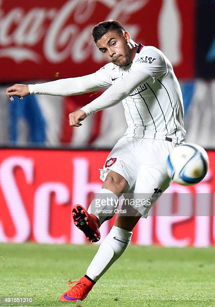Hector Villalba of San Lorenzo kicks the ball during a match between San Lorenzo and Rosario Central as part of 27th round of Torneo Primera Division...