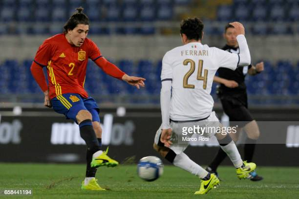 Hectror Bellerin of Spain U21 compete for the ball with Alex Ferrari of Italy U21 during the international friendly match between Italy U21 and Spain...