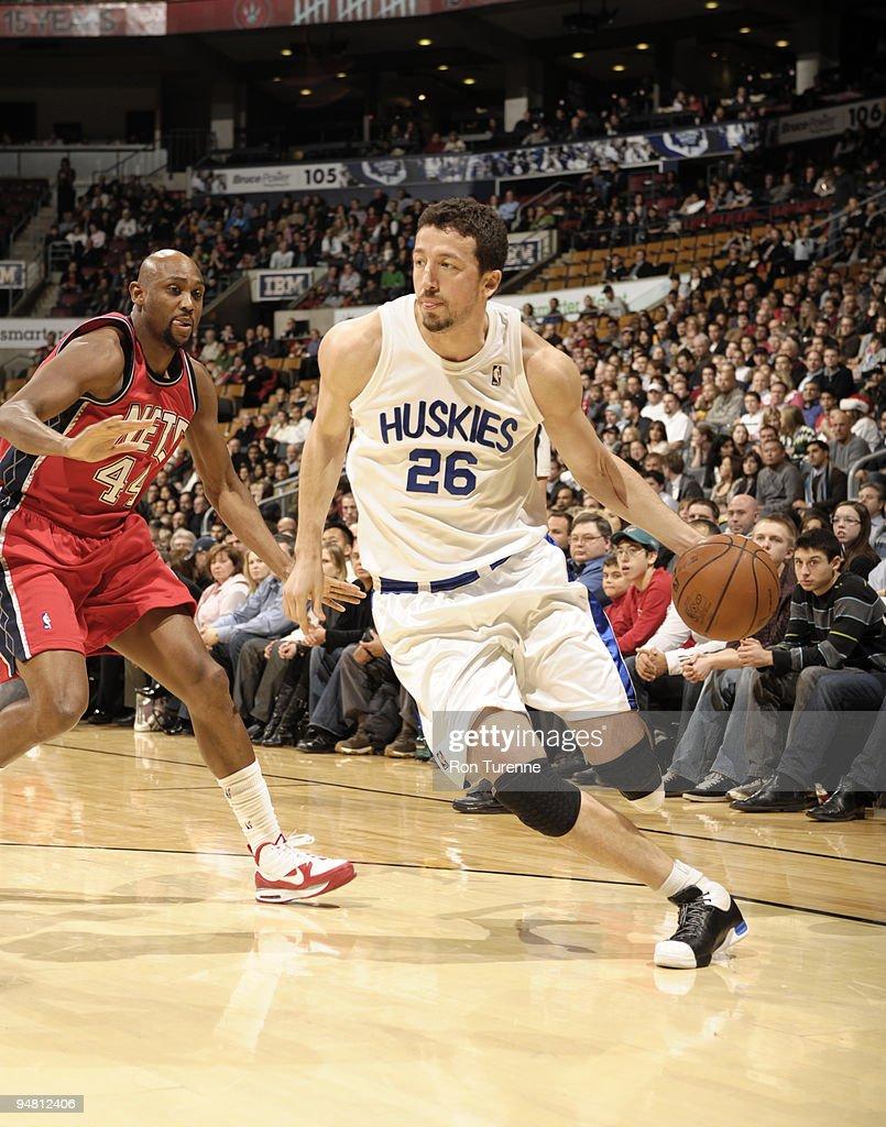 New Jersey Nets v Toronto Raptors s and
