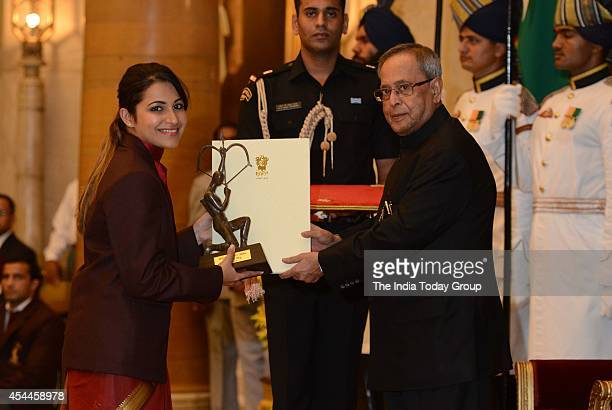 Heena Sidhu receives the Arjuna Award for Shooting at the ceremony in New Delhi