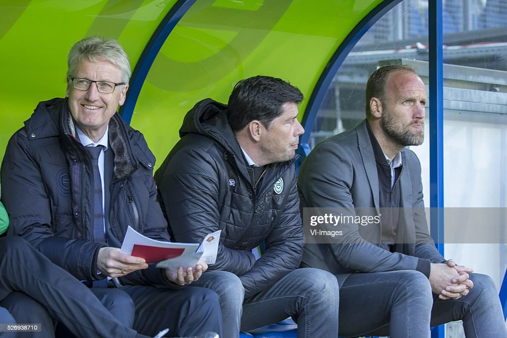 , Heerenveen, Jack, trainer Erwin van de Looi of FC Groningen, assistent-trainer Dick Lukkien of FC Groningen, during the Dutch Eredivisie match between sc Heerenveen and FC Groningen at Abe Lenstra Stadium on May 01, 2016 in Heerenveen, The Netherlands