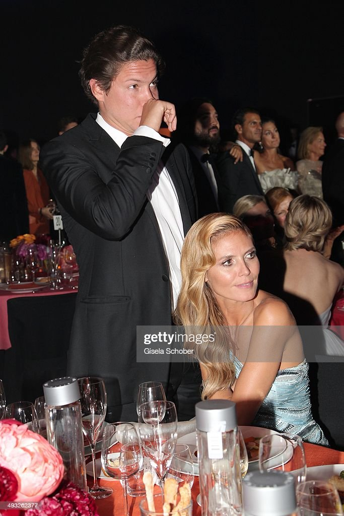 Heidi Klum and her boyfriend Vito Schnabel attend amfAR's 21st Cinema Against AIDS Gala Presented By WORLDVIEW, BOLD FILMS and BVLGARI at Hotel du Cap-Eden-Roc on May 22, 2014 in Cap d'Antibes, France.