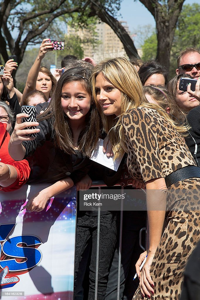 <a gi-track='captionPersonalityLinkClicked' href=/galleries/search?phrase=Heidi+Klum&family=editorial&specificpeople=178954 ng-click='$event.stopPropagation()'>Heidi Klum</a> arrives at the 'America's Got Talent' Season 8 auditions at the Lila Cockrell Theatre on March 20, 2013 in San Antonio, Texas.