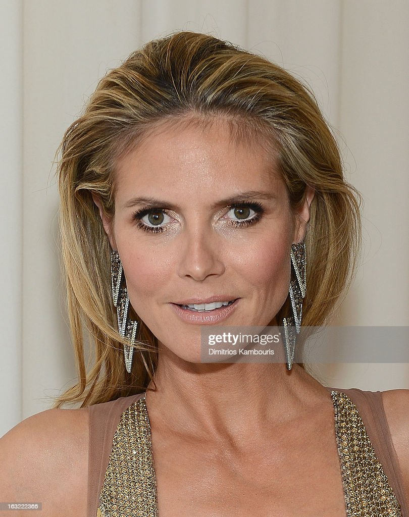 Heidi Klum attends the 21st Annual Elton John AIDS Foundation Academy Awards Viewing Party at Pacific Design Center on February 24, 2013 in West Hollywood, California.