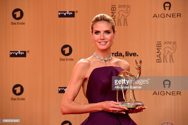 Heidi Klum is seen with her award at the Bambi Awards 2015 winners board at Stage Theater on November 12 2015 in Berlin Germany