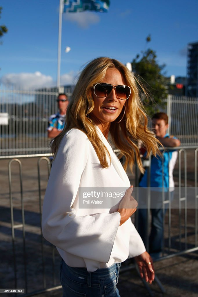 Heidi Klum leaves the 2015 NRL season launch at Shed 10 on January 29, 2015 in Auckland, New Zealand.