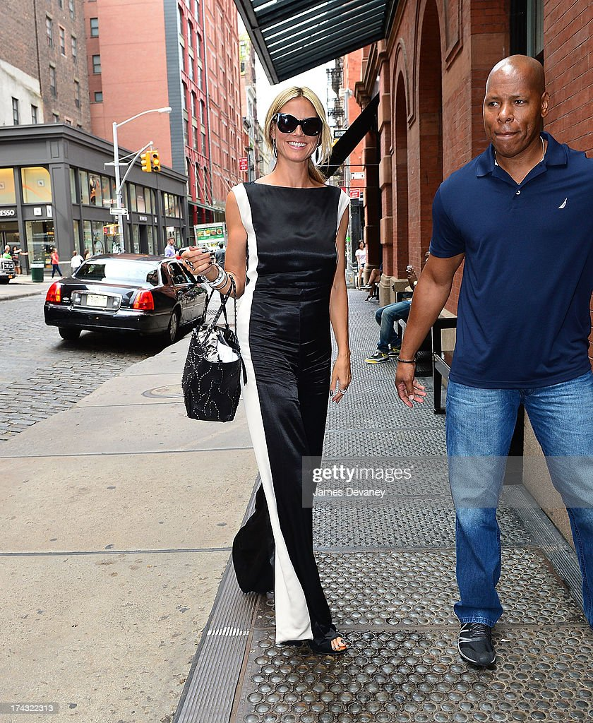 <a gi-track='captionPersonalityLinkClicked' href=/galleries/search?phrase=Heidi+Klum&family=editorial&specificpeople=178954 ng-click='$event.stopPropagation()'>Heidi Klum</a> seen on the streets of Manhattan on July 23, 2013 in New York City.