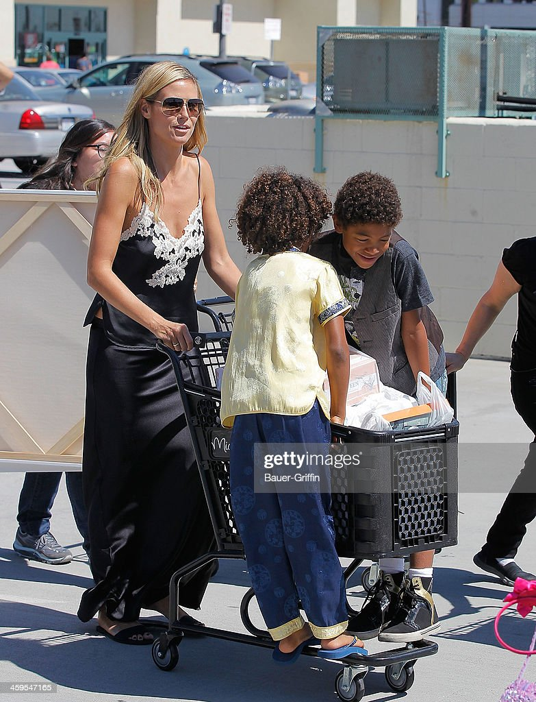 Heidi Klum takes her kids to shop for painting and school supplies on September 07 2013 in Los Angeles California