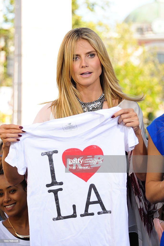 <a gi-track='captionPersonalityLinkClicked' href=/galleries/search?phrase=Heidi+Klum&family=editorial&specificpeople=178954 ng-click='$event.stopPropagation()'>Heidi Klum</a> visits 'Extra' at The Grove on March 14, 2013 in Los Angeles, California.