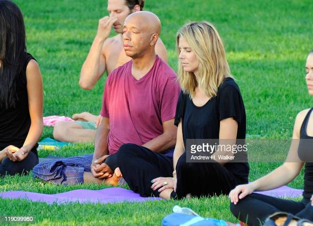 Heidi Klum's AOL Summer Run turns yoga with Russell Simmons on July 12 2011 in New York City