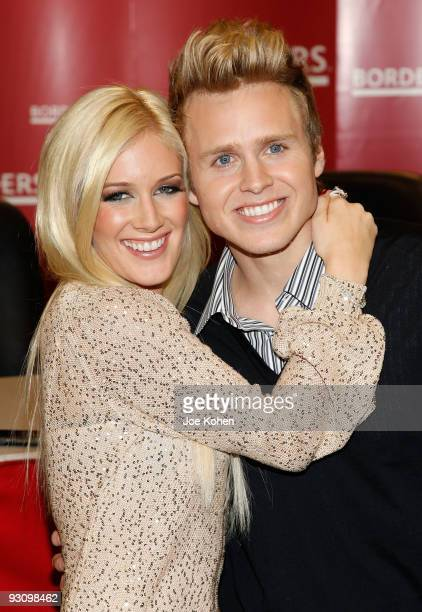 Heidi Montag and Spencer Pratt promotes 'How to be Famous' at Borders Books Music Columbus Circle on November 16 2009 in New York City