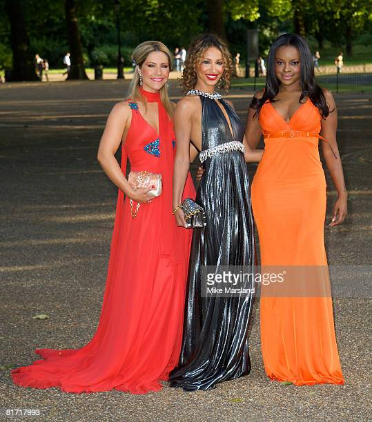 Heidi Range Amelle Berrabah and Keisha Buchanan of The Sugababes arrive at the Dinner In Honour Of Nelson Mandela at Hyde Park on June 25 2008 in...
