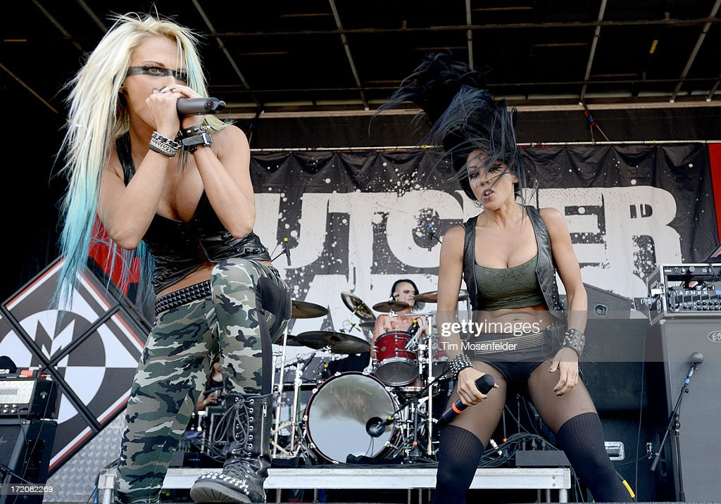 Heidi Shepherd (L) and Carla Harvey of Butcher Babies perform as part of the Rockstar Energy Drink Mayhem Festival at Shoreline Amphitheatre on June 30, 2013 in Mountain View, California.