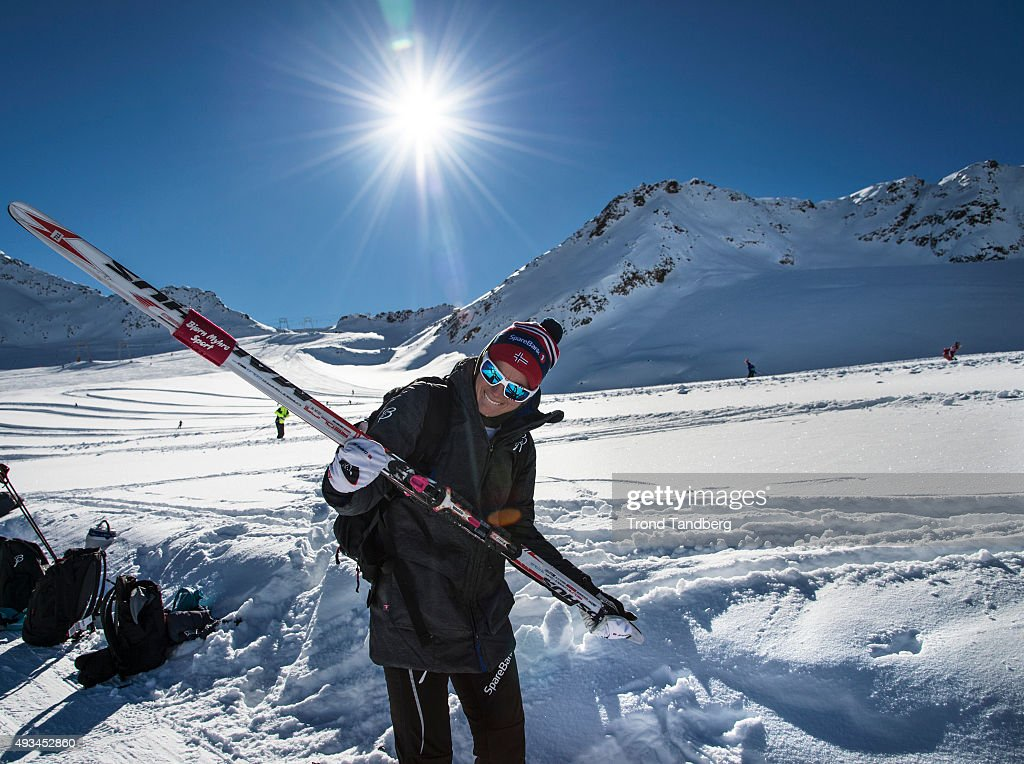 <a gi-track='captionPersonalityLinkClicked' href=/galleries/search?phrase=Heidi+Weng&family=editorial&specificpeople=8660218 ng-click='$event.stopPropagation()'>Heidi Weng</a> of Norway during a training session on the glacier in Maso Corto Val Senales on October 20, 2015 in Val Senales, Italy.