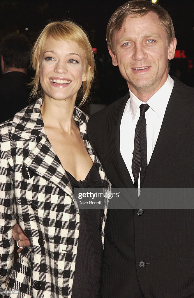 Heiki Makatsch and Daniel Craig attend the UK Premiere of 'Sylvia' at the Odeon, Leicester Square on November 7, 2003 in London.