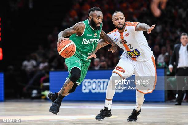 Heiko Schaffartzik of Nanterre and Shannon Shorter of Le Mans during the Final of the French Cup between Le Mans and JSF Nanterre at AccorHotels...