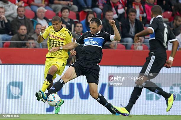 Heiko Westermann HSV gegen Mohamed ZIDAN Borussia Dortmund Borussia Dortmund Bundesliga 2011 / 2012 Vorbereitung Liga Total Cup 2011