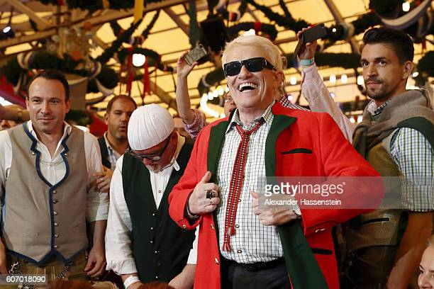 Heino attends the opening of the 2016 Oktoberfest beer festival at Theresienwiese on September 17 2016 in Munich Germany The 2016 Oktoberfest is...