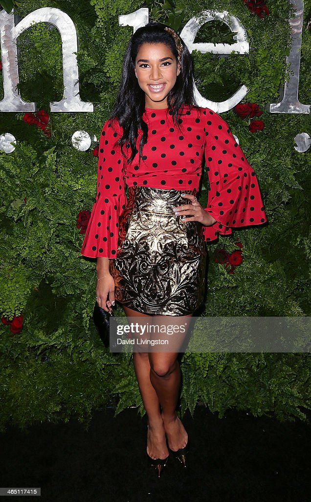 Heiress <a gi-track='captionPersonalityLinkClicked' href=/galleries/search?phrase=Hannah+Bronfman&family=editorial&specificpeople=2569204 ng-click='$event.stopPropagation()'>Hannah Bronfman</a> attends the Nielsen Host Pre-Grammy Celebration at Herringbone, Mondrian LA on January 25, 2014 in Beverly Hills, California.